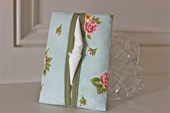 Fabric tissue holder - travel size