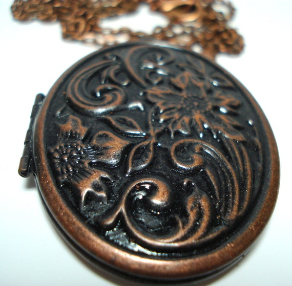 Solid Perfume Locket Large Copper Floral Oval