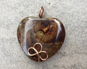 Heart Pendant Dragon Vein Agate Brown