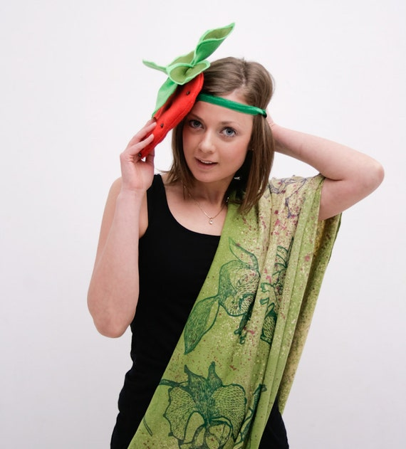 salad green circle scarf with fancy animal print and purpl color splashes