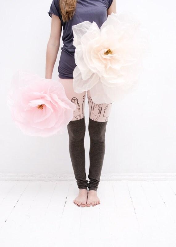 Strawberry milk & chocolate leggings