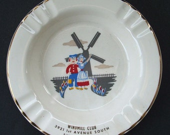 Nice old Art DECO Windmill Club BILLINGS MONTANA ash tray, old  original, colorful, picture w/ advertising, immaculate.