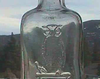 Nice old OWL DRUG Co Antique Bottle w/ pic Great Horned Owl on druggist mortar, San Francisco Cal.