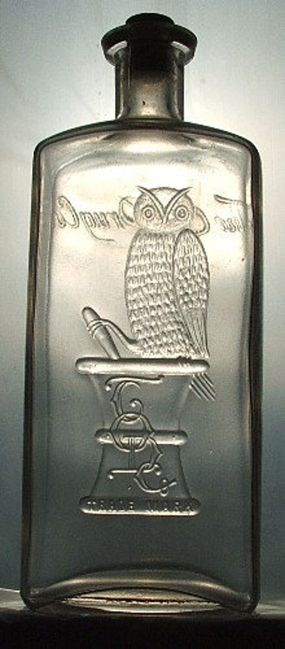 Truly GIGANTIC Antique old OWL DRUG Co bottle w/ pic of owl San Francisco - Rare Full Quart Size - 100  years old