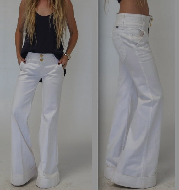 WIDE leg WHITE DITTOS Jeans size small