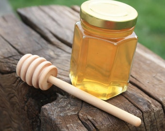 24 Hexagon Raw Honey Favors with dippers 5oz each Liquid Honey, for wedding, showers. Ohio honey direct from the beekeeper.