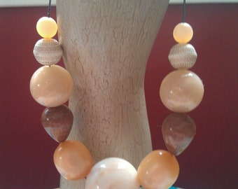 """Chunky Neo-Retro Vintage Lucite Beaded Necklace: """"Brown Sugar"""""""