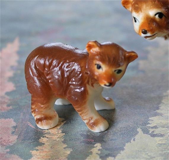 Vintage Hagen Renaker mama brown bear and cub figurines