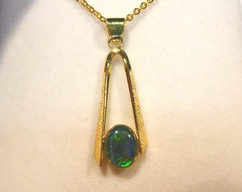Opal Pend Triplet Sterling Silver Gold Plate 8x6 mm Oval.item 40232.