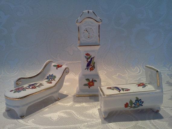 Vintage Aynsley Pembroke Miniature Fine Bone China Trio Set
