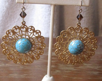 Vintage 1970's Gold Filigree Circle Earrings with Turquoise Glass Bead