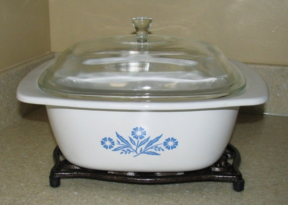 Vintage Corning Ware Dutch Oven (4 Quart) with Glass Lid - Cornflower Blue - Made in U.S.A.