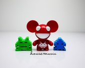Deadmau5 vs Space Invaders - Tribute to Deadmau5 & Space Invaders