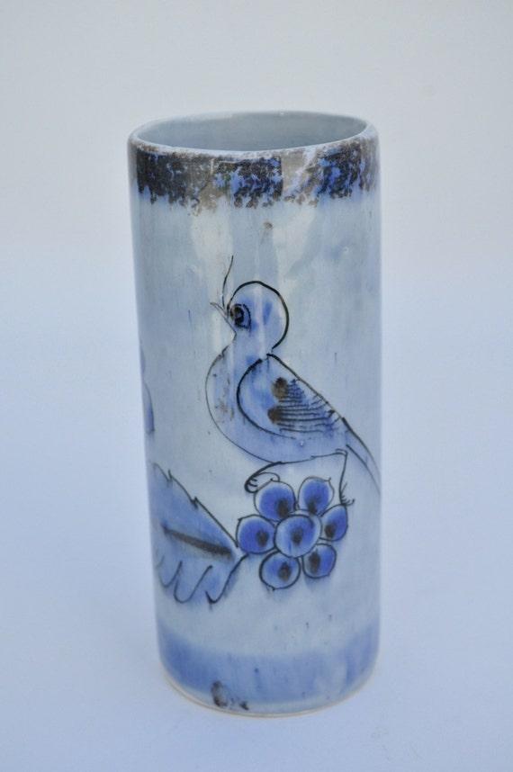 40% off  Vintage Mexican Tonala vase