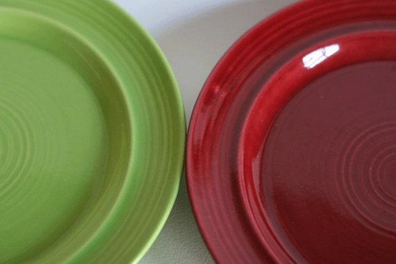 Metlox Colorstax plates, fern green, cranberry