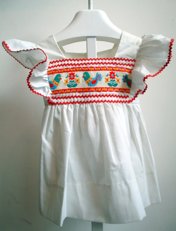 Vintage Pinafore wth retro detail- New never worn