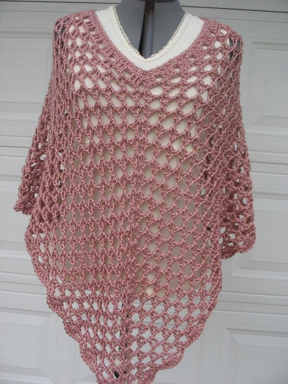 Plus Size Ladies Crochet Poncho in Rose