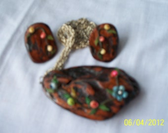 Necklace/earring set:Seashell and Calif. driftwood.