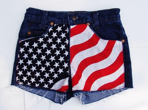 American Flag Vintage LEVI'S Denim High Waisted Shorts SIZE 2-4