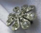 Small Round Sunburst 9 Rhinestone Brooch Pin- Unsigned - Vintage