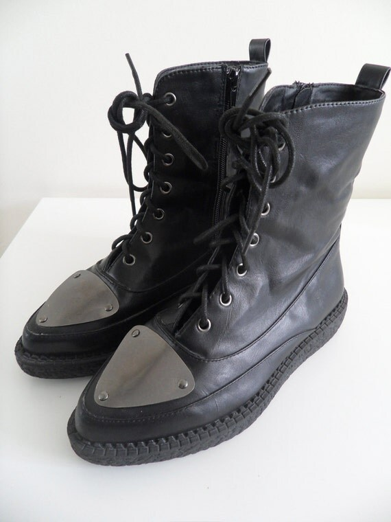 20 % OFF Flatform Creepers inspired Boots Faux leather