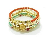 5 strand stretchable stack bracelets with turquoise color bead and gold beads (SU04B5). By Simply Uniq Fashion Bracelet.
