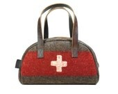 WD58 Swiss Army Blanket Bowling / Travel Bag by Karlen Swiss