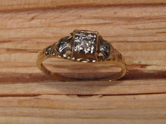 As Time Goes By : Old Mine Cut Solitaire Diamond Antique Engagement Ring - 1800s-1900