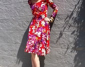 Beautiful. FLORAL. Full Skirt. 1960's. Psychedelic. Colorful. Knee Length Dress.