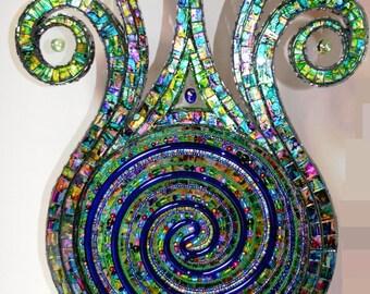 Mosaic, mosaic sculpture, mosaic art, Lamp - The Force that drives the shoot