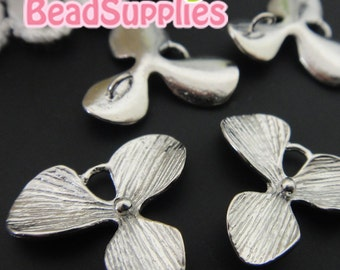 CH-ME-09158 -  Nickel Free, silver plated, 3-petal Orchids charms (small size) with connector loops, 6 pcs