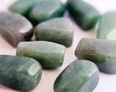 Emerald green aventurine (natural) bead (10 pcs)