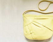 Vintage Yellow / Pastel Yellow Purse / Bag - Faux Leather