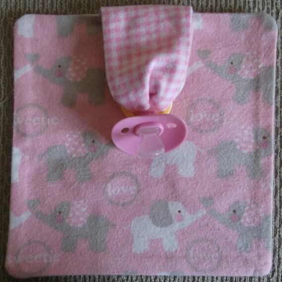 Baby pacifier holder, Bitsy Binkie Blankie