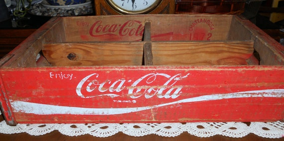 Vintage Wooden Coca Cola Beverage Soda Box Crate, dated 1972 from Chattanooga, Tennesse, 4 Sections