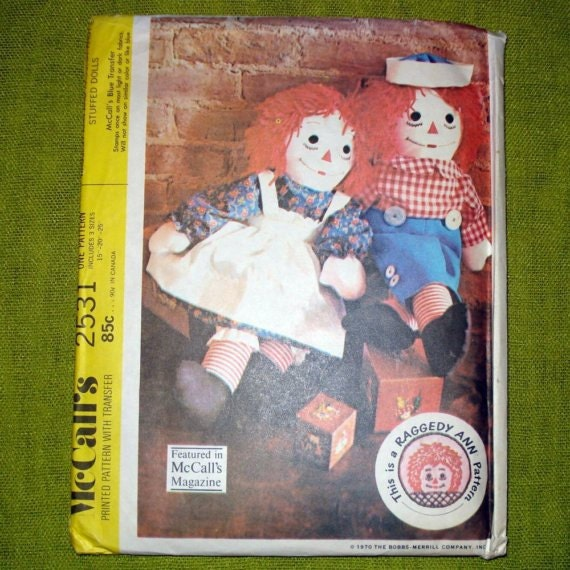 1970 version of pattern for RAGGEDY ANN and ANDY dolls. McCalls 2531. 3 sizes 15, 20 and 25 inches