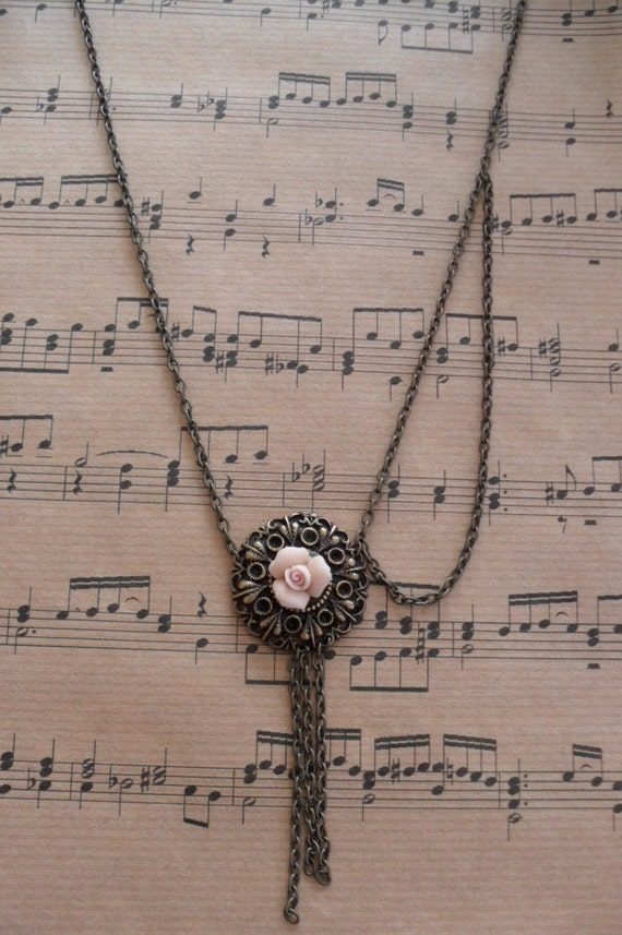 Chain Necklace with Light Coral Flower - Speacial Design