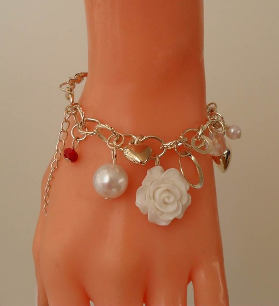 White Bracelet with Crystals and Flower