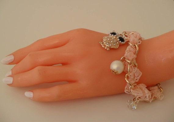 Salmon Bracelet with Pearl Beads and Owl Item