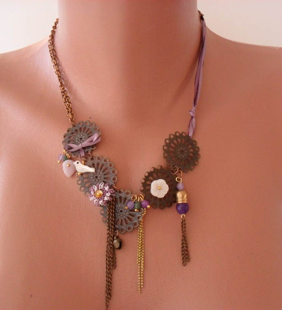 Brown Necklace with Bird - Flower - Beads and Chain - Speacial Design