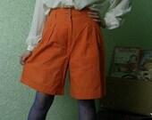 Vintage orange culottes / split skirt. 1980's from England. Size Medium (38 / 10). High waist. Linen and cotton.