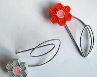 Daisy Pin made from vintage knitting needles