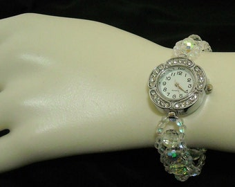 Watch with faceted crystal stretch bracelet