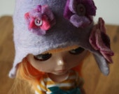 "Hand Felted ""Lavender"" Cloche hat, with Flowers, for Blythe or similar....."