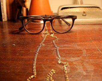 The James Eyeglass Chain