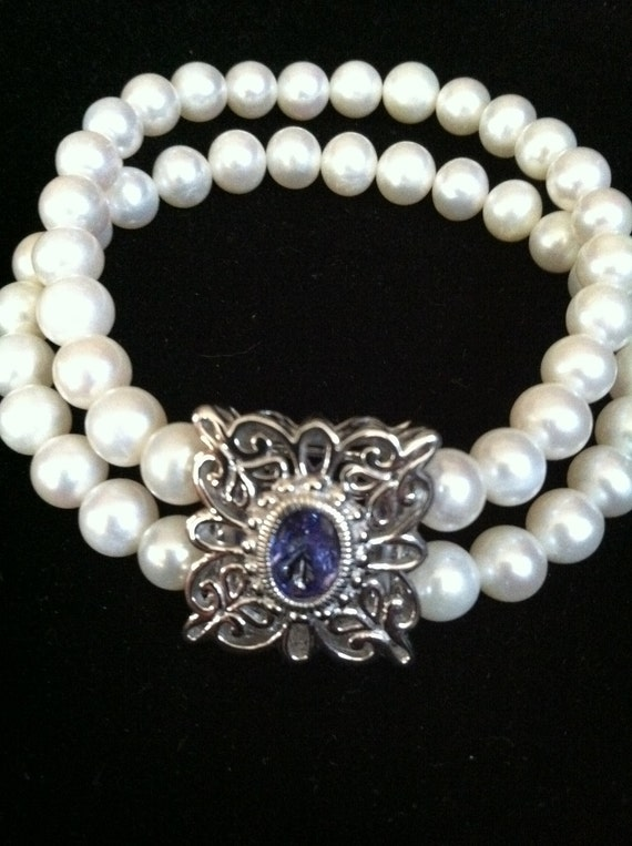 Elegant Bridal Bracelet in Pearl & Tanzanite