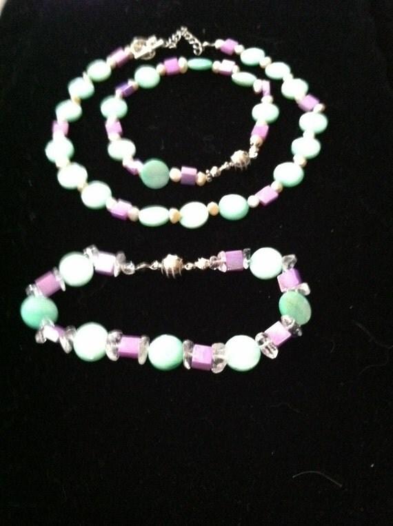 Mother of Pearl Madness Necklace & Bracelet Set