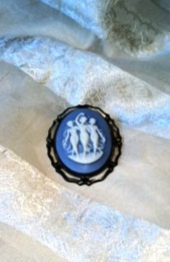 Cameo Brooch or Pendant 3 Graces Blue Cameo 3 Goddesses