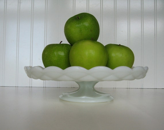 Milk Glass Cake Plate, Cake Stand, Pedestal Plate, Table setting, Vintage Wedding, Centerpiece