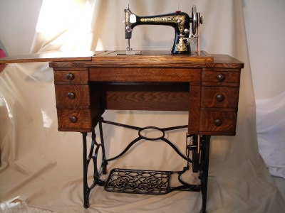 Reserved For Midgegraves Franklin Treadle Sewing Machine